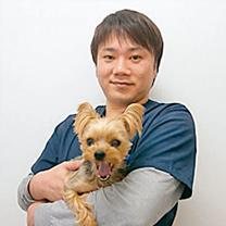 桃坂動物クリニック 院長 獣医師 浅井 巧馬先生